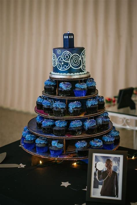 Doctor Who Themed Wedding Cake Http Doctor Themed Cupcakes