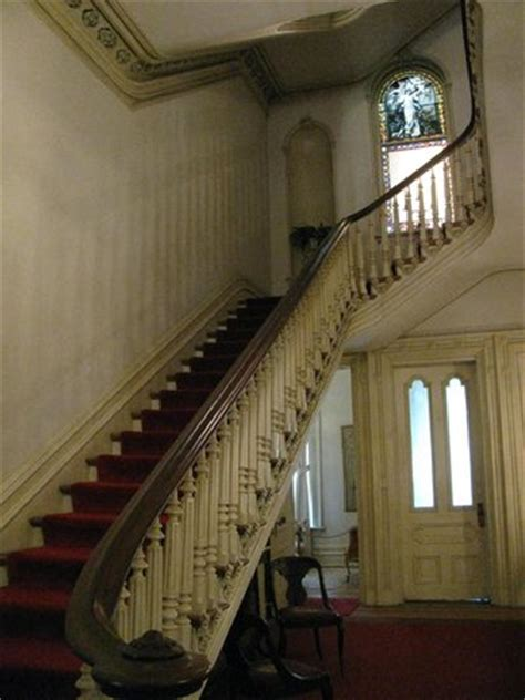 woodruff fontaine house the grand staircase from the foyer picture of woodruff fontaine house memphis