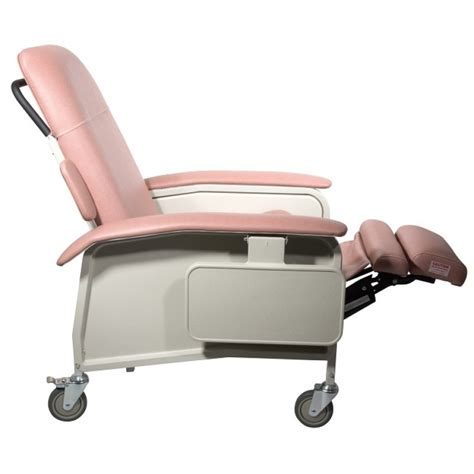 recliner chair medical drive medical d577 clinical care recliner lift chairs
