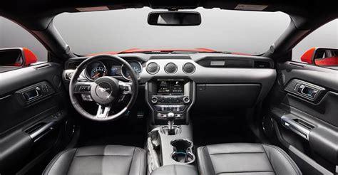 interni ford 2014 nuova ford mustang immagini ufficiali e dati tecnici