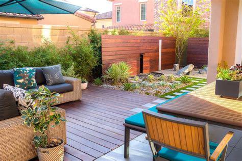Modern Landscaping Ideas For Small Backyards 24 Block Wall Design Wall Designs Design Trends Premium Psd Vector Downloads