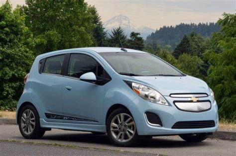best small cars for new drivers 10 best new small cars for city driving something to