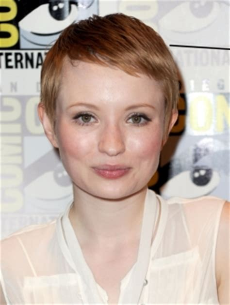 emily browning short shaggy bob hairstyle self looking to try something new what would you ladies