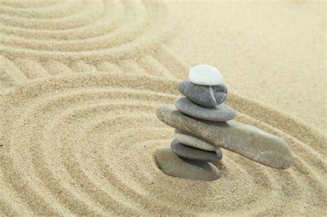 sabbia giardino zen giardino zen ecco i pi 249 belli foto pollicegreen