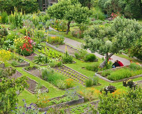 organic garden   eco resort   mendocino coast