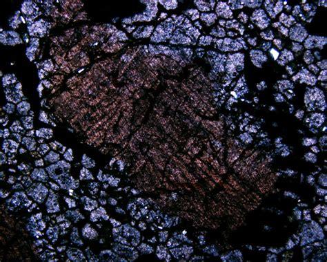 sphene in thin section pin igneous rocks on pinterest
