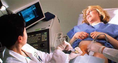 ab wann kann eine schwangerschaft feststellen amniozentese fruchtwasserpunktion baby und familie