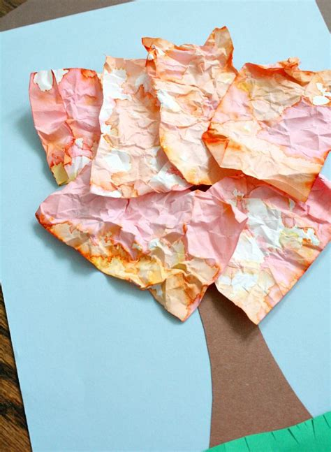 Paper Crumpling Craft - crumpled paper fall for fantastic learning