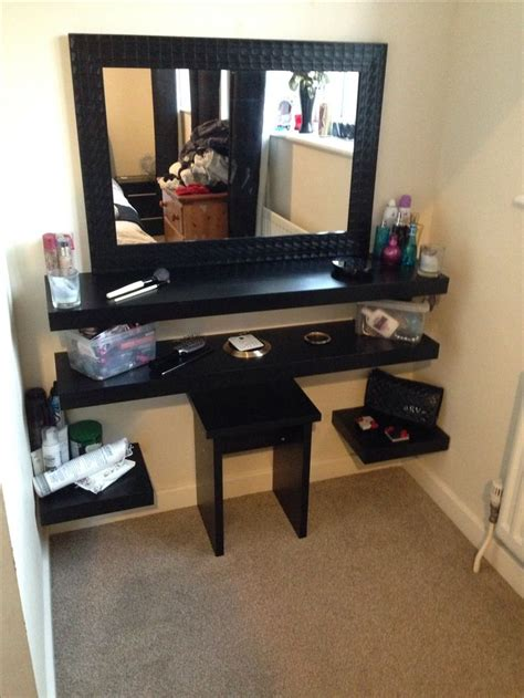 Diy Vanity Desk Diy Dressing Table Room Pinterest In The Corner Diy Makeup And Vanities