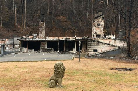 carr s cottages gatlinburg before and after photos show effects of devastating wildfires al