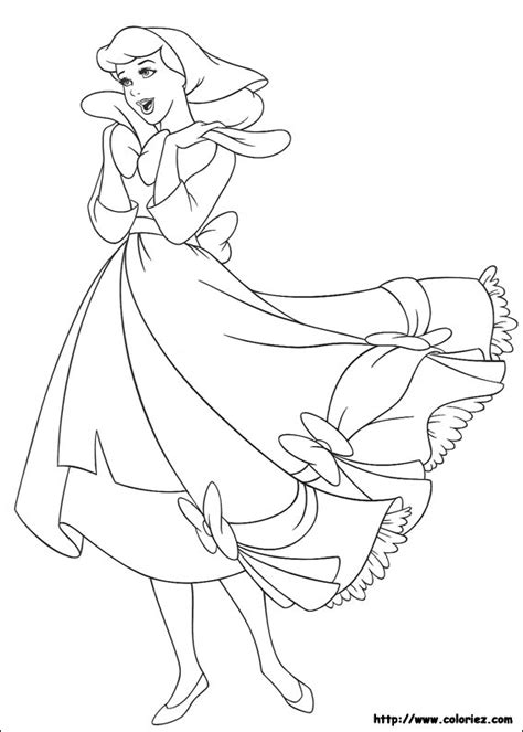 Coloriage Cendrillon Porte Une Belle Robe How To Draw Princess Cinderella Free Coloring Sheets