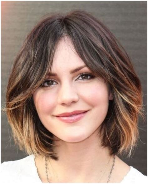 hear shaped face short haircuts heart shaped face hairstyles short wavy hair