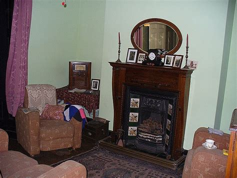 living room radio 17 best images about 1940s living room on peeling potatoes drum table and museums