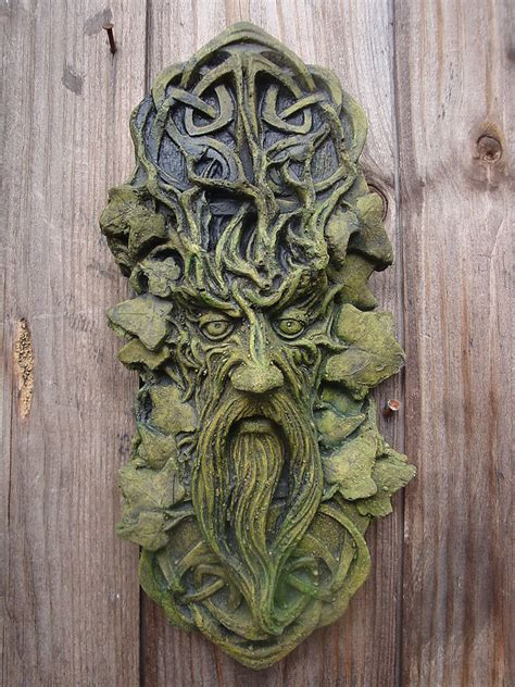 Celtic Green Man Decorative Wall Plaque Frost Proof Stone Garden Wall Plaques
