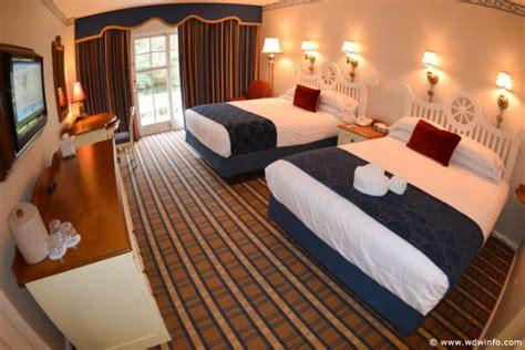 Nautical Bed Set Disney S Yacht Club Resort Walt Disney World