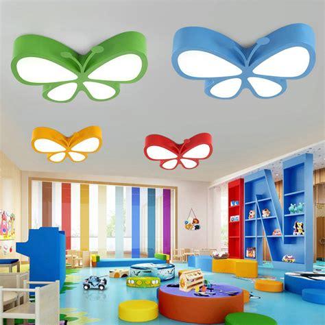 design im kinderzimmer moderne deckenleuchte led schmetterling design im kinderzimmer