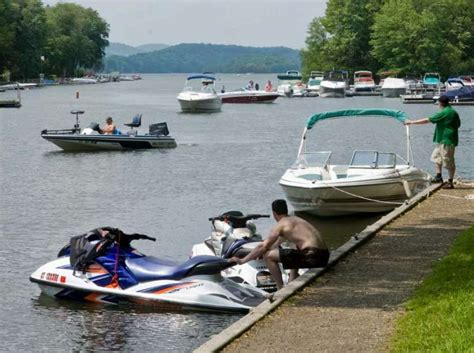 candlewood lake boat launch zebra mussel task force on patrol memorial day weekend