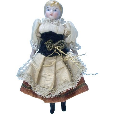 4 dollhouse dolls 4 5 inch all original german dollhouse kling doll from