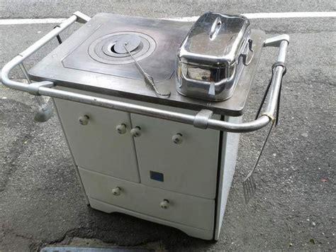 stufe a legna x cucinare oltre 1000 idee su stufa di cucina su stufe