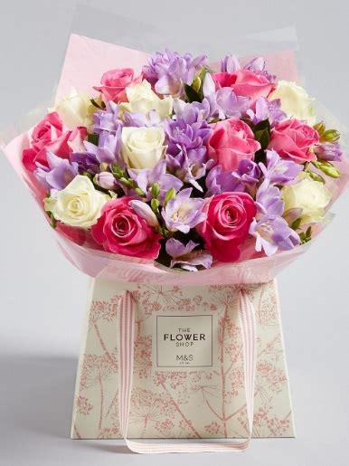 mazzi di fiori per compleanni mazzo di fiori per compleanno ragazza archives invito