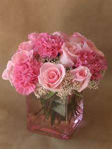 Long Vase Wedding Centerpieces 25 Best Ideas About Pink Carnations On Pinterest