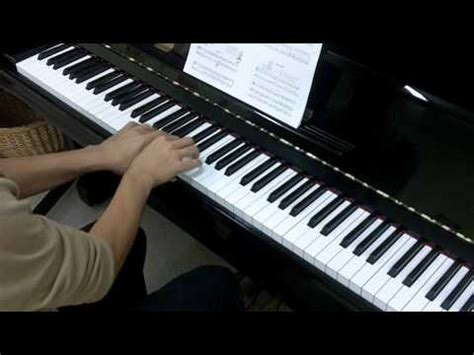Thompson Easiest Course Part 7 thompson s easiest piano course part 2 no 7 the bells