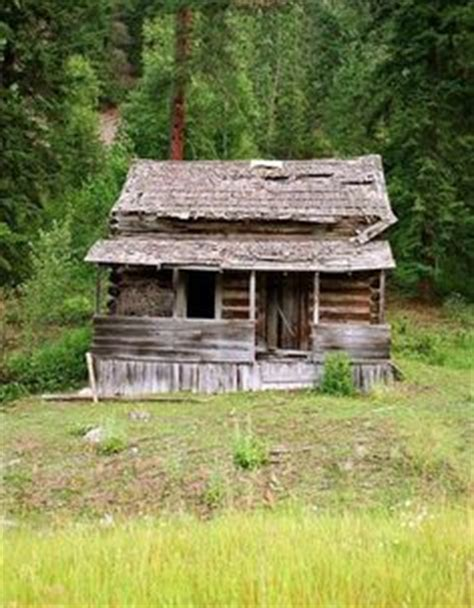 Shitty Cabin by 1000 Images About Log Cabins On Log