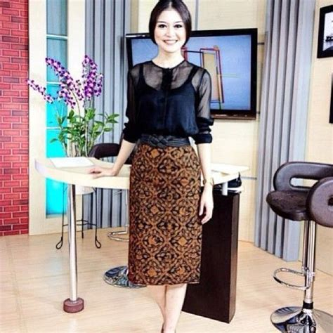 Baju Batik Cantik Baju Batik Cantik Kebaya Batik Fashion And Batik Dress