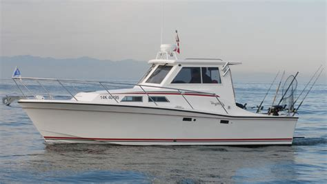 salty dog boat name uniflite boat boats yachts boating yachting yacht