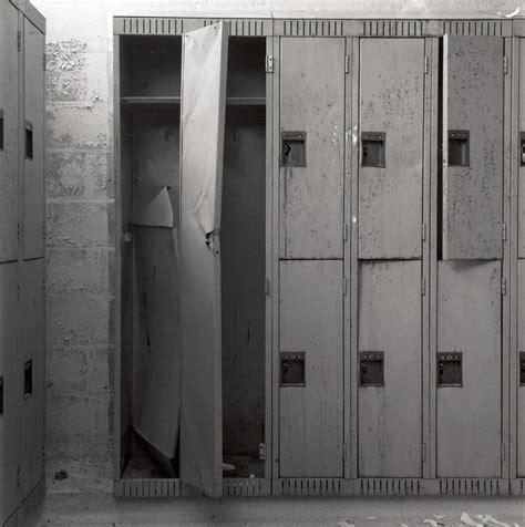 the locker room a catholic education 4cphotos