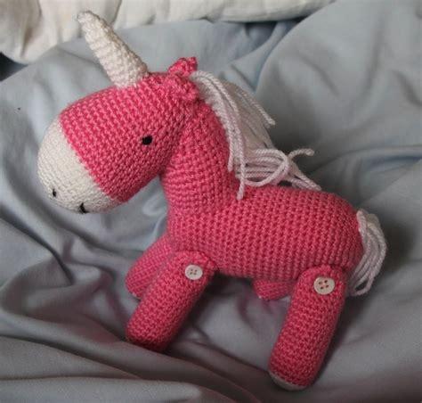 crochet pattern free unicorn crochet unicorn free pattern yarny goodness pinterest