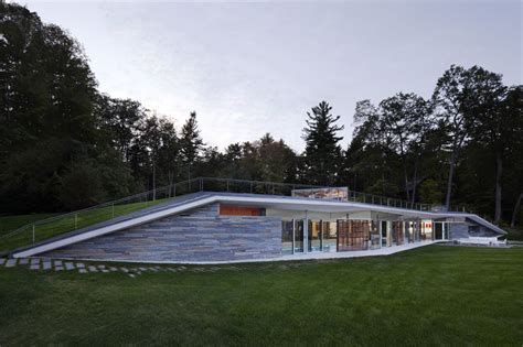 Pavillon Pool by Gallery Of Pool Pavilion Gluck 2