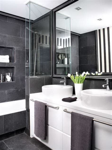 Black And White Bathroom Design | black white and grey bathroom 2017 grasscloth wallpaper