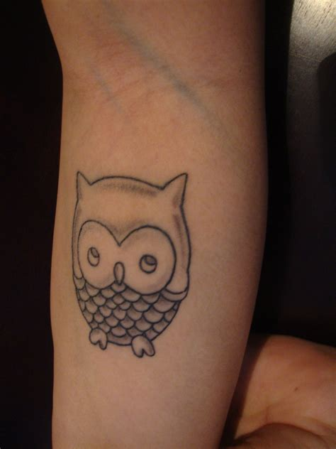 simple owl tattoo simple owl www imgkid the image kid has it