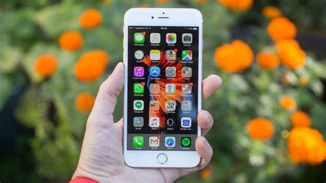 iphone 6s plus review bigger is mostly better cnet