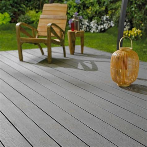 terrasse pvc terrasse en bois composite look effet bois entretien en