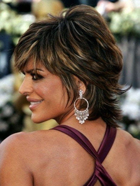 diy cut short shag lisa rinna layered short shag haircut hair pinterest