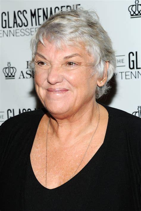 tyne age tyne daly signs with innovative exclusive