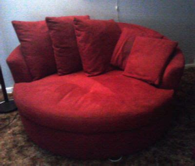 perfect cuddling couch djrodneykc store red velvet wrap around cuddle chair