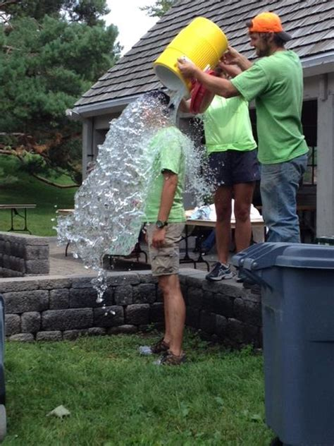 Minnesota Landscape Arboretum Foundation Como Accepts The Icebucketchallenge Como Park Zoo And