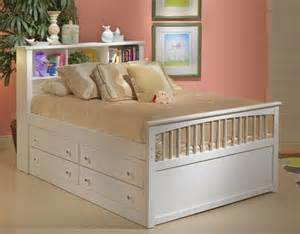 Beds With Drawers Underneath by Twin Bed With Drawers Underneath Twin Bedding Ideas