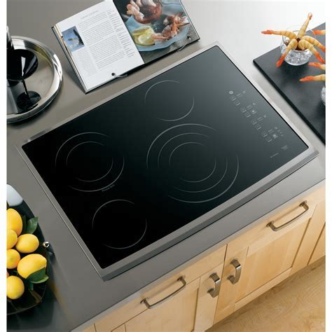 """GE PP945SMSS 30"""" Smoothtop Electric Cooktop   Stainless"""