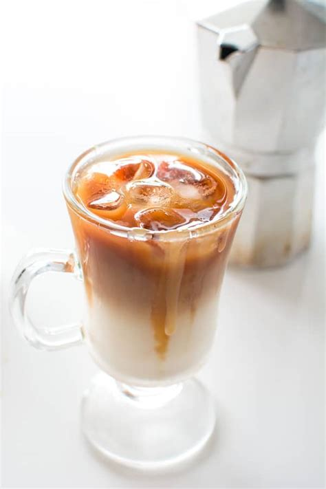 Copycat Starbucks Iced Caramel Macchiato   COOKTORIA