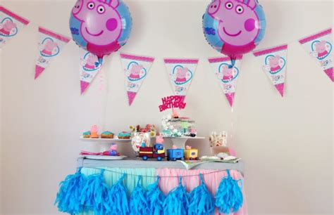 printable peppa pig party decorations peppa pig party ideas and free printables elizevent