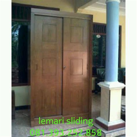 Lemari Yang Bagus lemari pintu sliding kayu bagus mbarepjati 0813