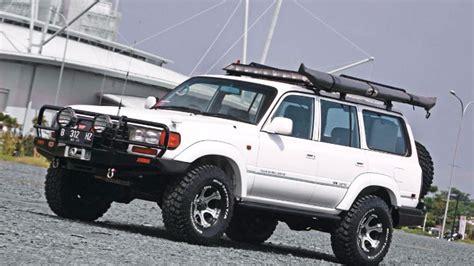 Majalah Jip toyota land cruiser vx 1997 modifikasi mobil simpanan
