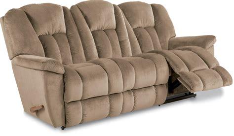la z boy maverick sofa la z boy maverick reclina way 174 reclining sofa zak s