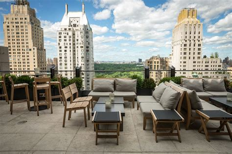 Top Rooftop Bars New York by 20 Nyc Rooftop Bars With Epic Skyline Views Travel Away