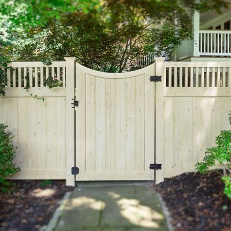 backyard gate ideas best 25 fence ideas ideas on backyard fences