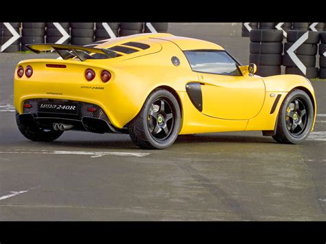 hayes auto repair manual 2005 lotus exige instrument cluster service manual how to take a 2005 lotus exige tire off 2005 lotus exige car photo and specs